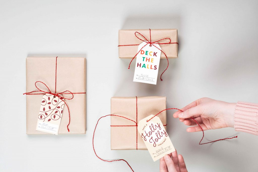 Free Holiday Gift Tags